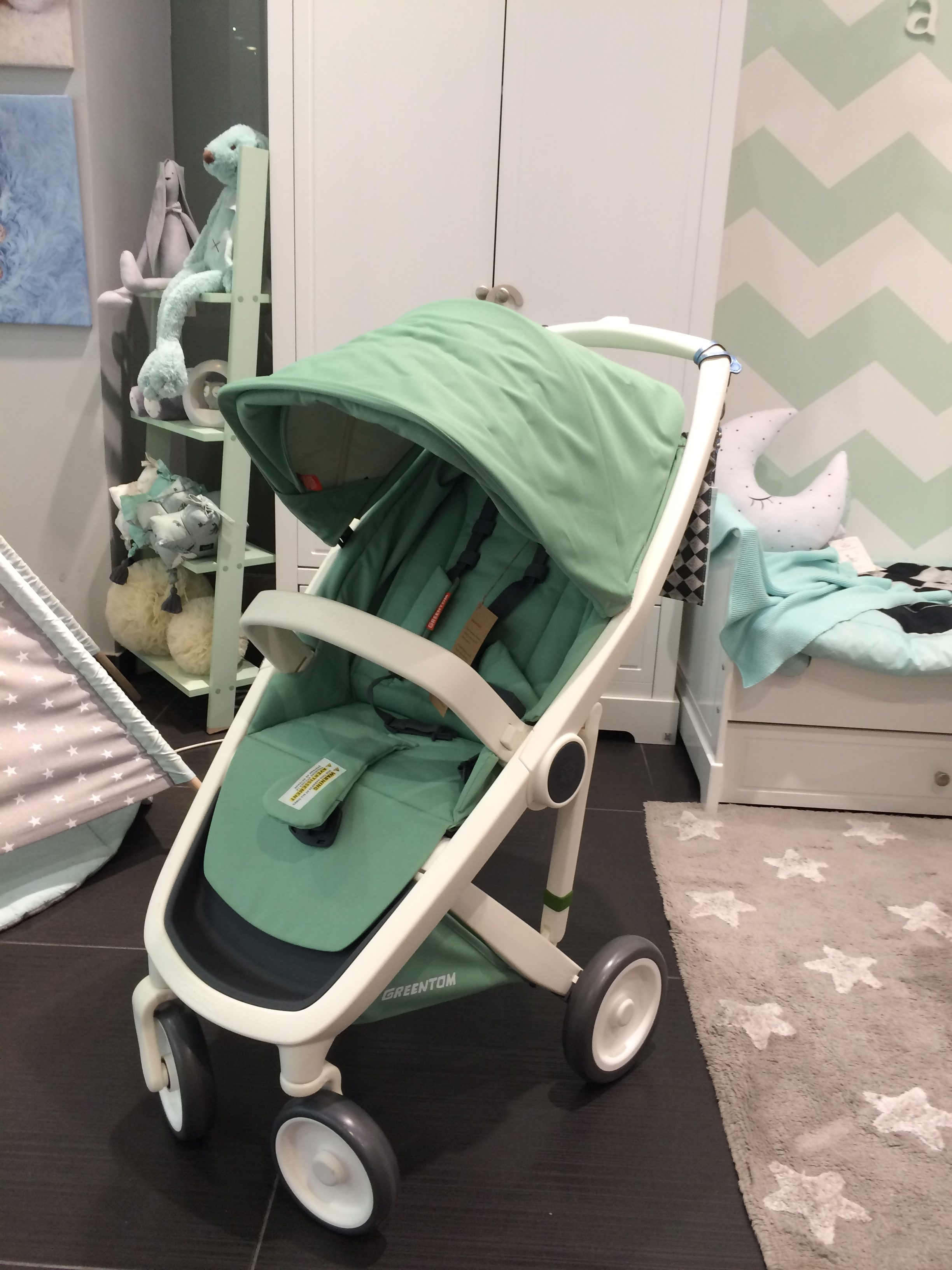 greentom upp classic reversible carrycot fotos videos vergleich lullaby. Black Bedroom Furniture Sets. Home Design Ideas